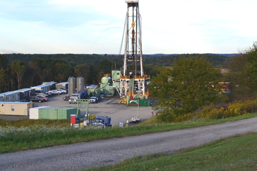fracking-rig_m